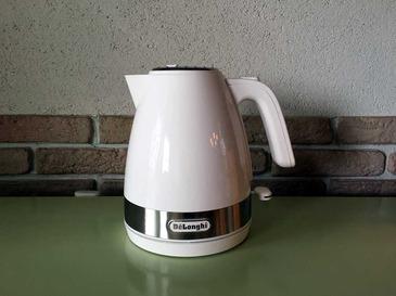 Electric kettle_1.jpg