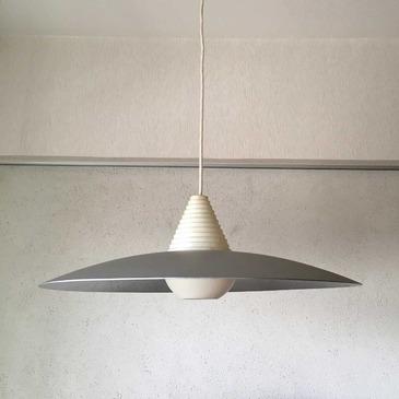 tongari-pendant_1.jpg